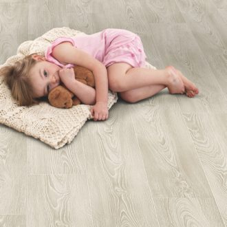 Elka 8mm Frosted Oak V4 ELV207 Laminate Flooring