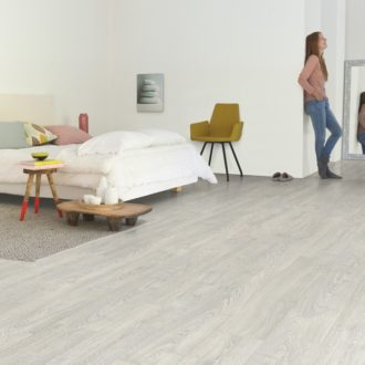 Quick-Step Patina Classic Oak Grey Impressive Ultra Laminate – IMU3560