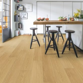Quick-Step Natural Varnished Oak Impressive Ultra Laminate – IMU3106