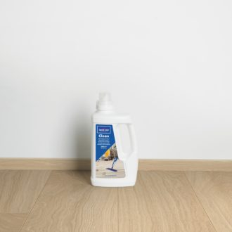 Quick-Step Clean Dedicated Laminate, Vinyl & Wood Floor Cleaner – 1.0 L bottle