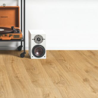 Quick-Step Alpha Autumn Oak Honey AVMP40088 Rigid Vinyl Medium Planks