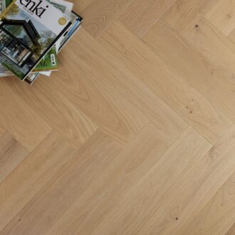 Apsley Select Grade Herringbone 15/4 x 120 x 600 mm Multi-ply Oak