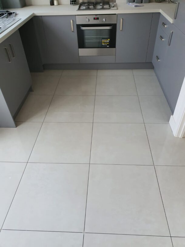 Afyon Bianco Polished Porcelain Floor Tiles 600mm x 600mm