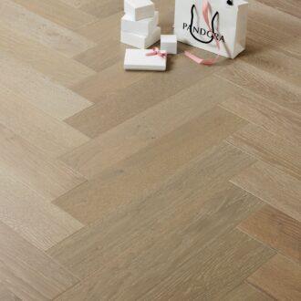 Benton Select Grade Herringbone 15/4 x 120 x 600 mm Multi-ply Oak